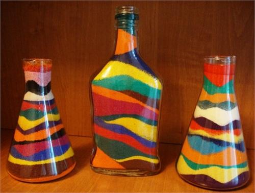 Песок в бутылках