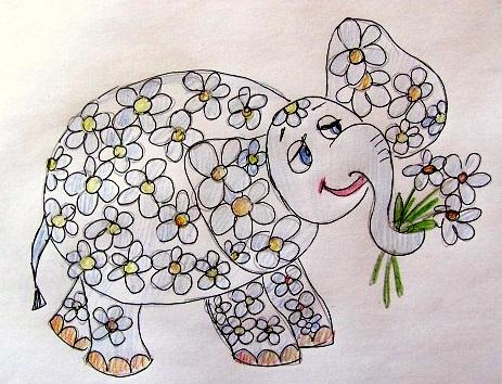 Слон в ромашках