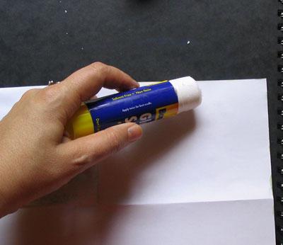 Приклеиваем ещё один слой бумаги