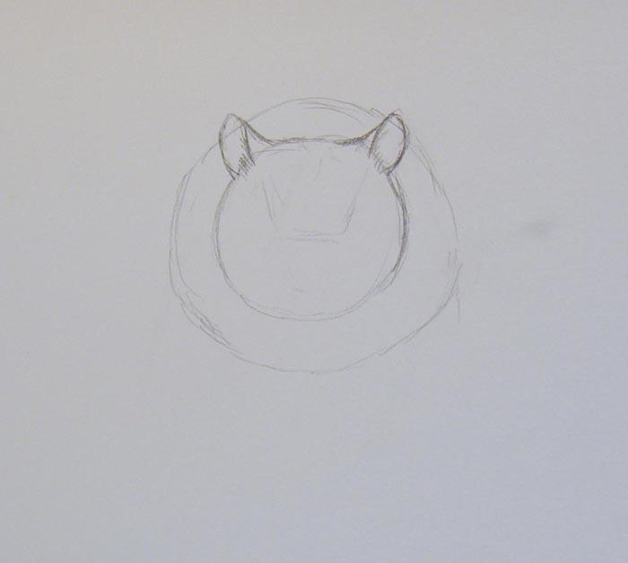 К верхней части меньшего круга пририсуйте уши