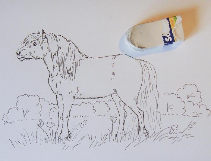 Удалите ластиком карандашные линии