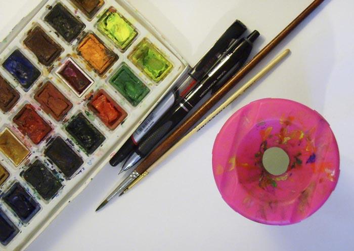 Приготовьте краски и кисти, будем рисовать